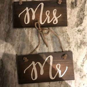 MR & MRS wedding decor